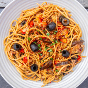 Tuna pasta with olives and capers